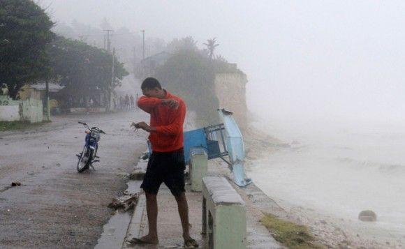 El SMN pronosticó lluvias en varias partes del país - http://www.bloquepolitico.com/el-smn-pronostico-lluvias-en-varias-partes-del-pais/