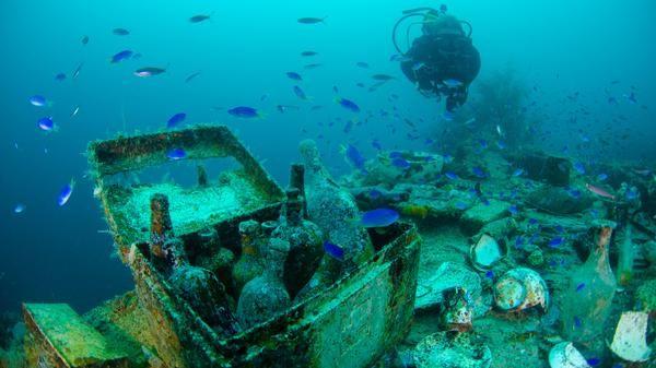 exploring micronesia s ghost fleet bucket list pinterest