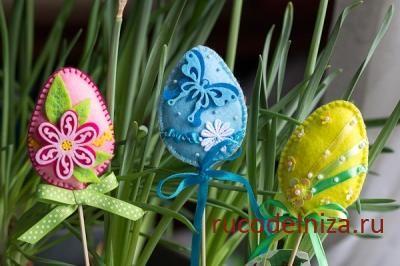 Пасхальные яйца из фетра на шпажках