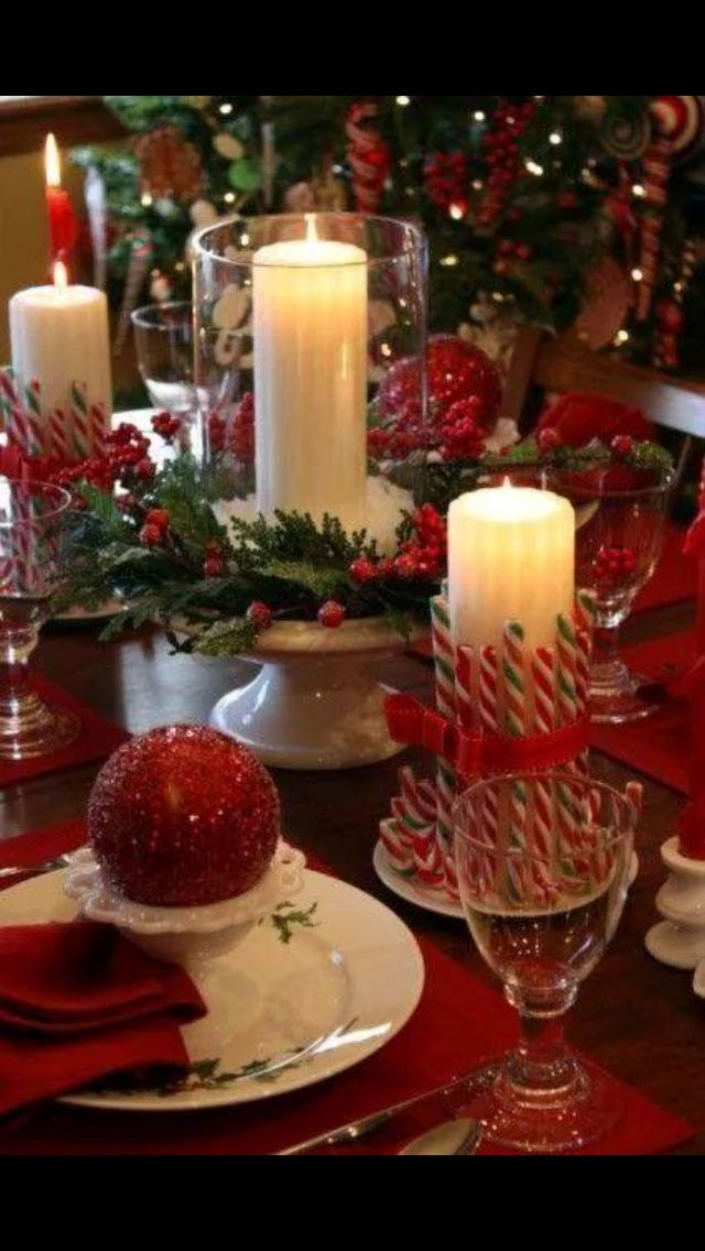 Christmas Candle Centerpieces Table