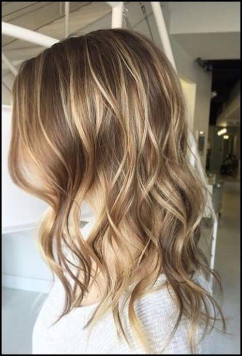 Haare braun mit blonden strähnen - Trend Damen Frisuren