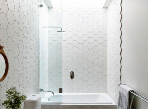 Badkamer ontwerp met zeshoekige tegels - Badkamers | Pinterest ...