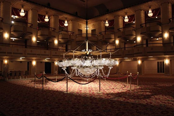The Grand Ballroom S Signature Chandelier At Waldorf Astoria New York Astoria New York Waldorf Astoria Nyc Hotels
