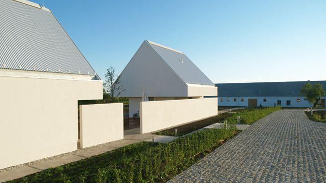 bauernhofarchitektur architecture i love pinterest architektur hof und haus. Black Bedroom Furniture Sets. Home Design Ideas