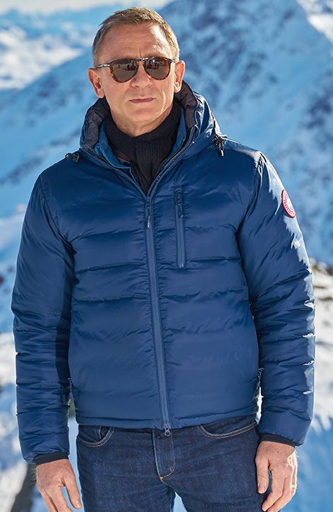 90ea1f98609a Canada Goose Jacket - Daniel Craig Solden January 2015 | Fashion in 2019 |  Daniel craig, Daniel craig 007, James bond