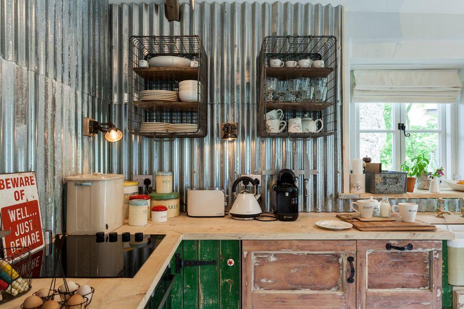 cool un dosseret en acier peut tre la touche agrable qui apportera au design de votre cuisine une certaine crativit moderne et trs tendance with tole inox