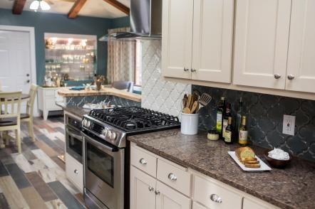 Our Favorite Kitchen Backsplashes Diy network, Kitchens and Dining