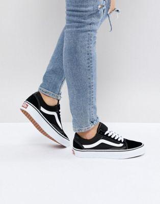Vans Classic Old Skool Sneakers In