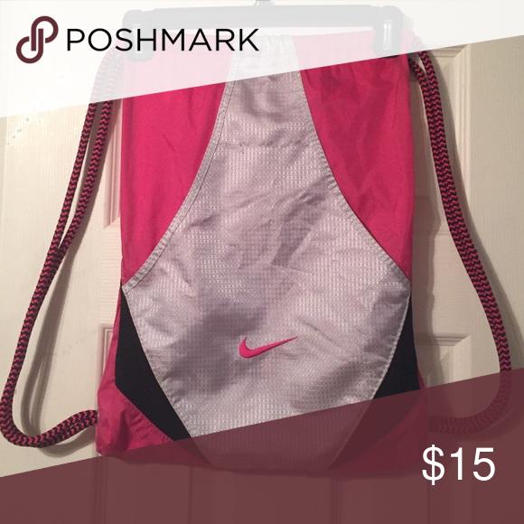 cf6cd3254102 Nike Drawstring Bag Pink