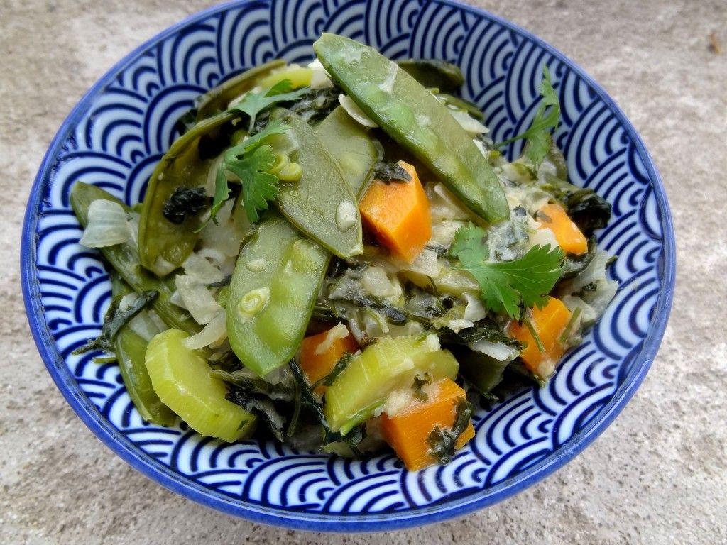Marmite de légumes au lait de coco et basilic thaï