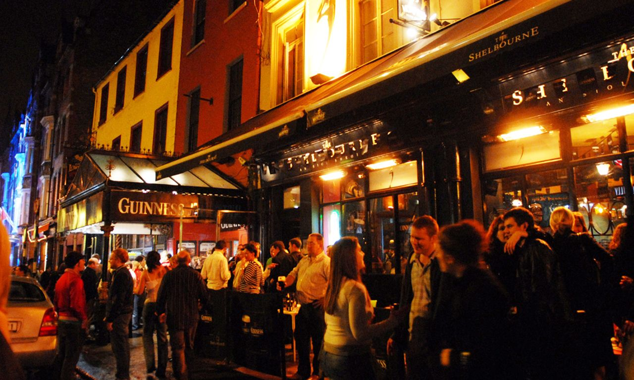 Finding The Absolute Best Pub In Cork Cork Ireland Is A Beautiful City And Blessed With Natural As Well As Ar In 2020 Cork City Cork Ireland Ireland Honeymoon