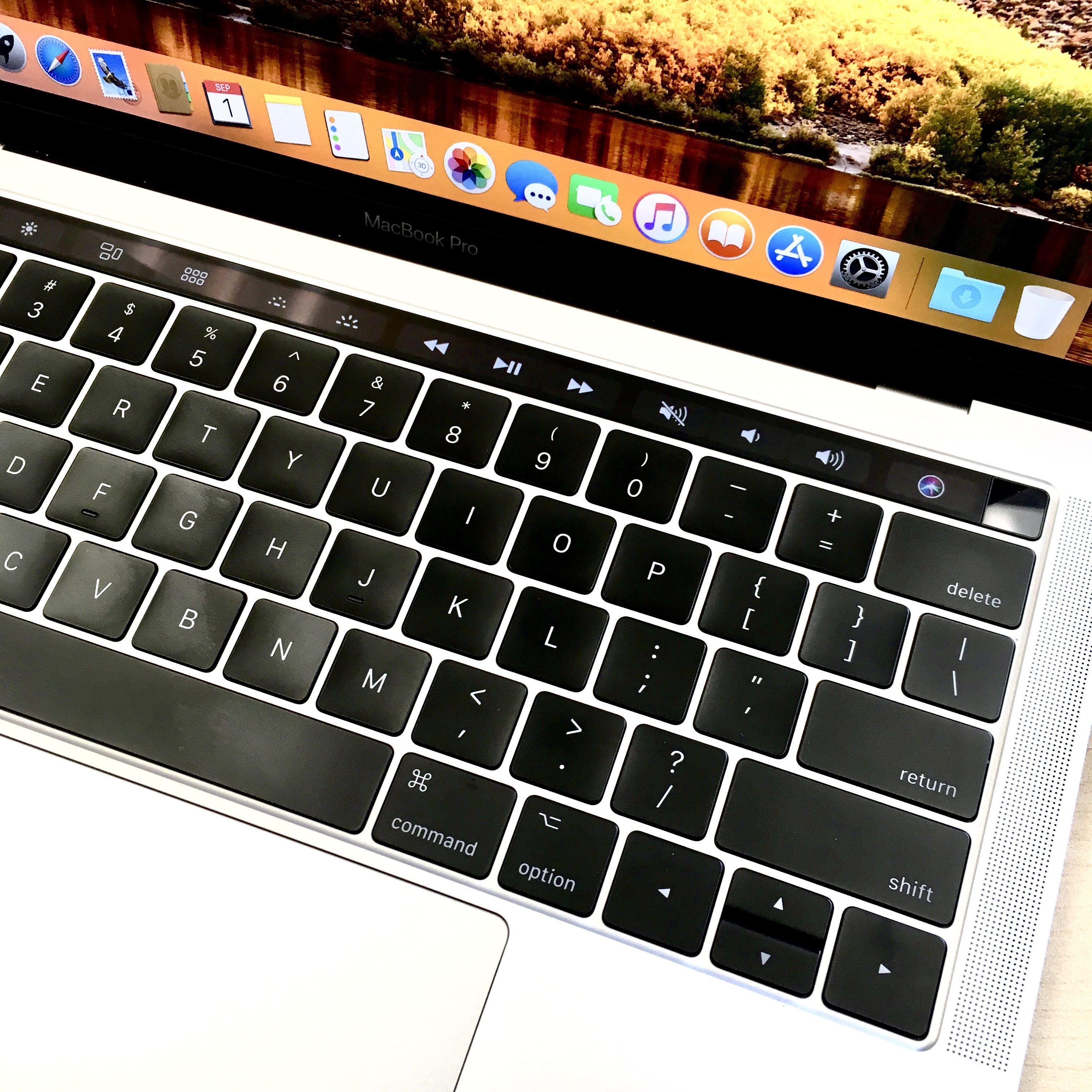 "13"" MacBook Pro Touch Bar (2017) i5, 16GB RAM, 250GB SSD"
