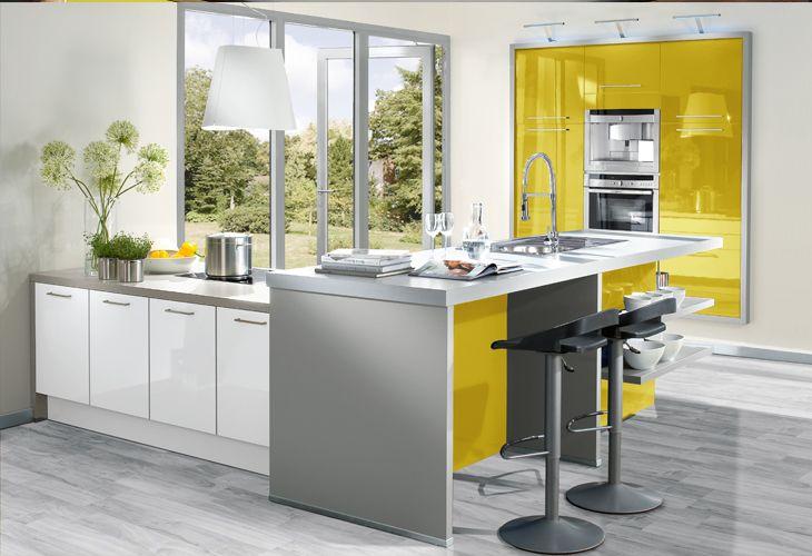 Küche in Gelb #Kücheninsel www.dyk360-kuechen.de   Konyha ...