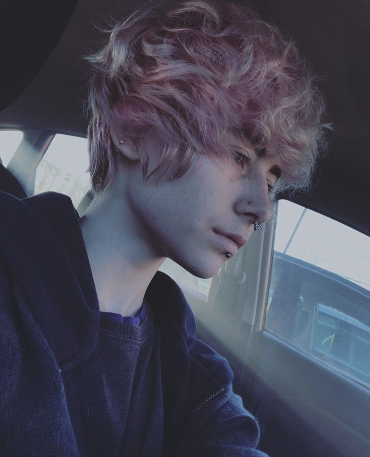 Pin By Weefroggy On Hair Emo Boy Hair Dye My Hair Fluffy Hair