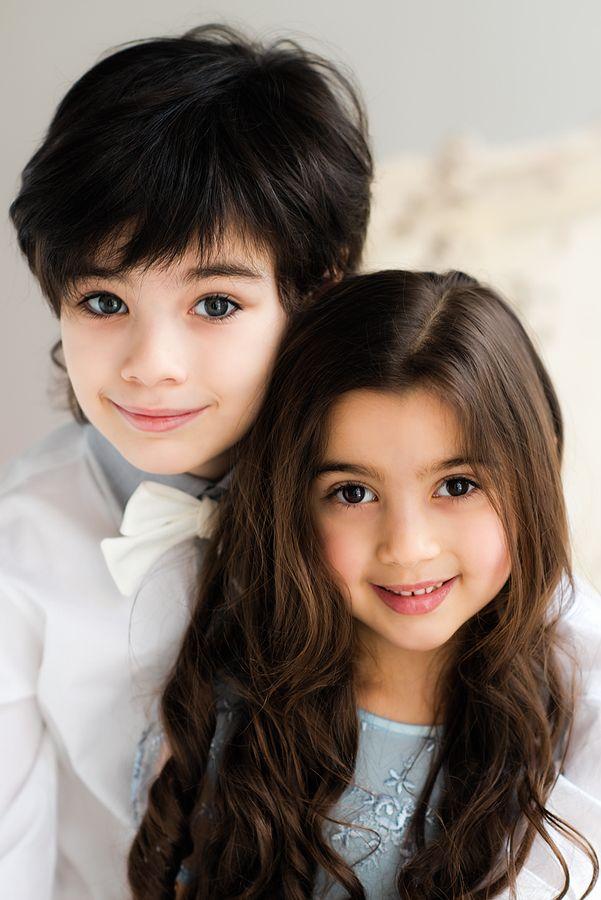 Sibling Love Cute Baby Girl Pictures Cute Baby Girl Baby Girl Pictures