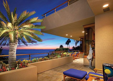 Google Image Result for http://data.whicdn.com/images/6205854/Luxury-Beachfront-Homes_large.jpg