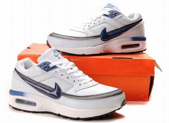 Männer s Nike Air Max Classic BW weiß blau schwarz   Schuhe   Nike ... c5548aa2a3