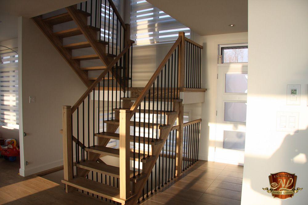 Escalier En Frene Avec Limon Decoupe Et Marches 1 5 8 D
