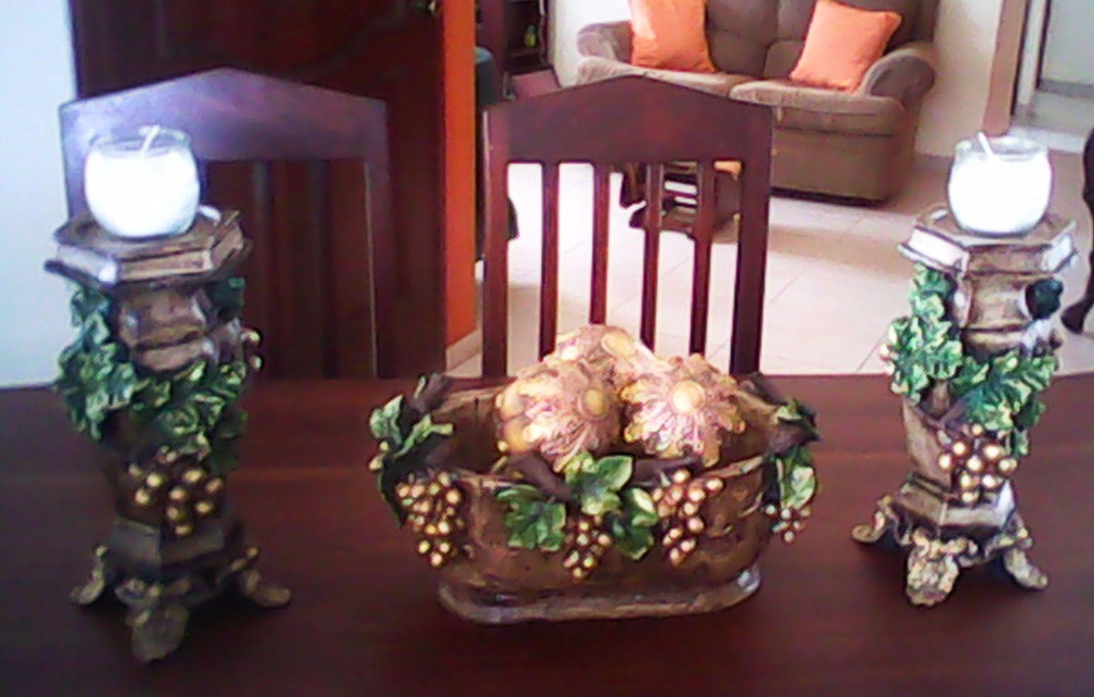 Juego de mesa centro uvas, esta hecho de resina e incluye 10 piezas ...