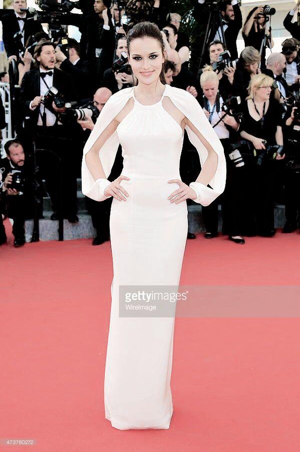 Fahriye Evcen Cannes Film Festival Red Carpet Ceremony Loreal Paris #lorealparis #cannes2015 #festivaldecannes #cannesdaguzellik