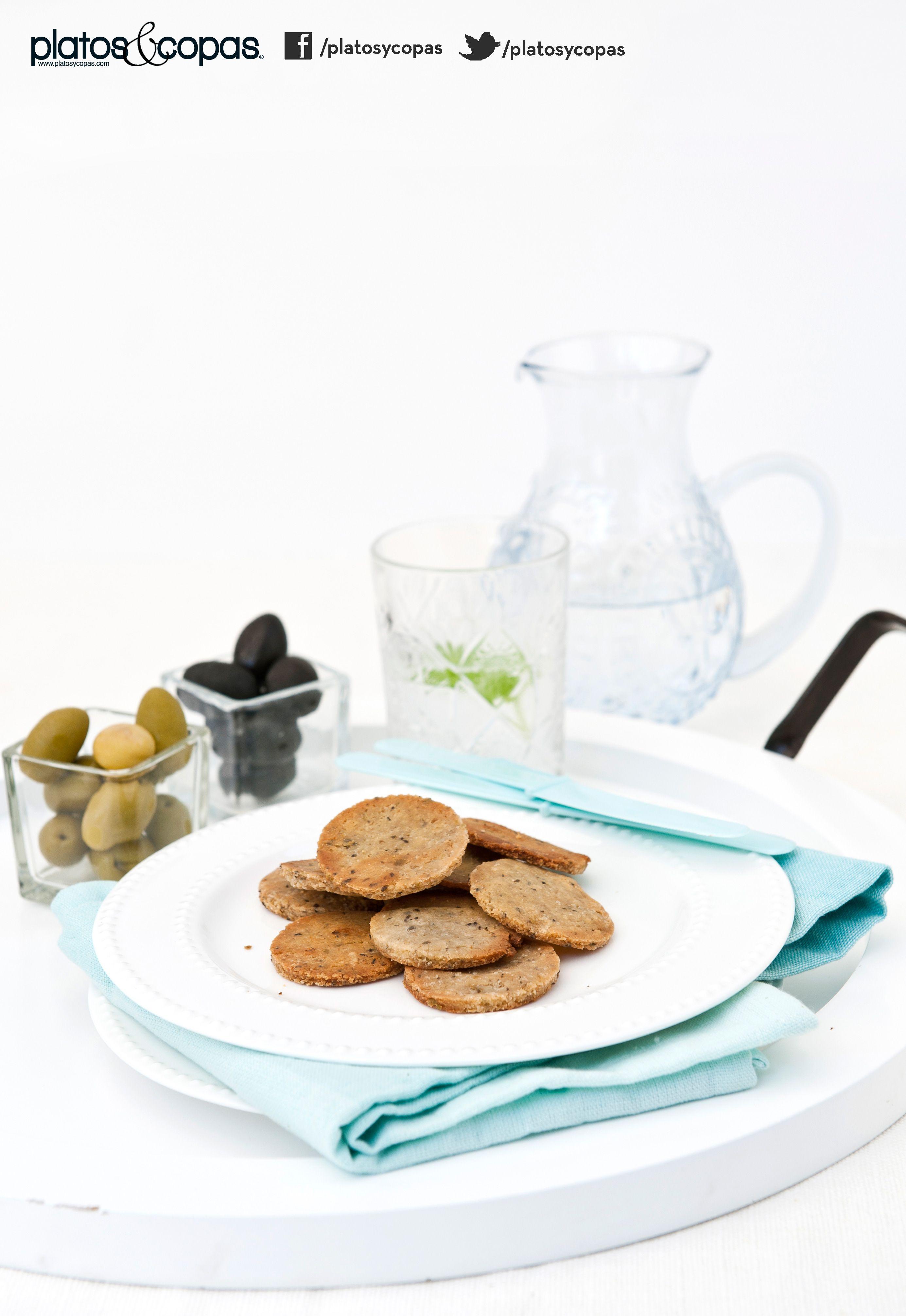Revista PlatosyCopas // Galletitas para untar de miga con aceitunas verdes y negras