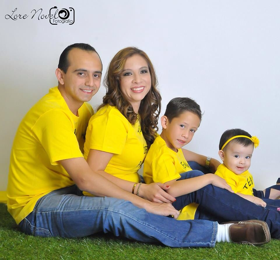 FOTOGRAFÍA FAMILIAR / FAMILY PHOTOGRAPHY / LORE NOVELO FOTOGRAFIA Y PRODUCCIÓN