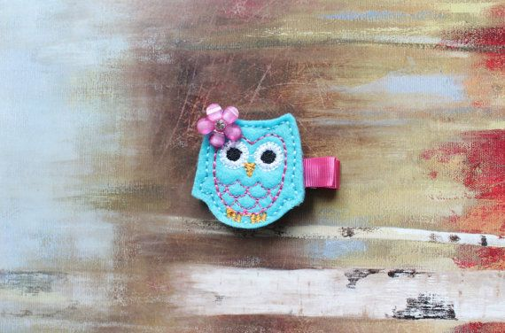 Free Shipping over 15 / Baby / Toddler / Girl Hair Clips, Blue Owl Hair Clip on Etsy, $4.00 #hairclips #owl #stockingfillers #toddlers #babygift #hairaccessories #christmas #etsy #shopping