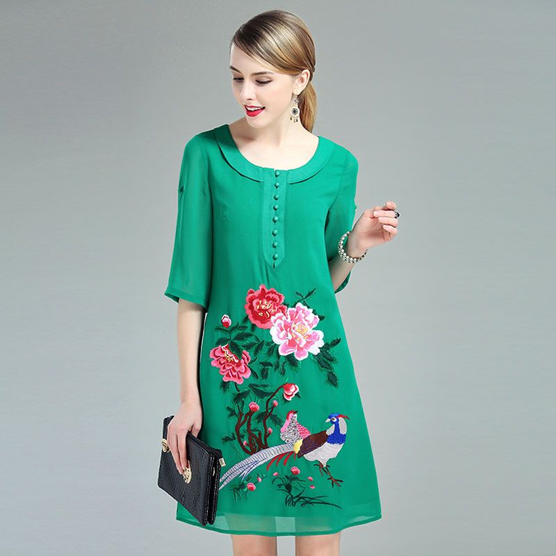 Traditional chinese dress 2017 summer new vintage royal embroidery mesh floral plus size elegant lady midi green dresses M-4XL