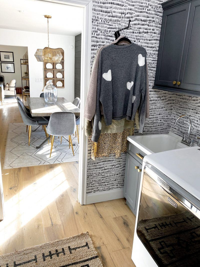 Check out Sandi Johnson's laundry room makeover from The Spoiled Home. Her latest update turned her laundry room into a place where folding clothes is fun! The post Sandi's Laundry Room Makeover appeared first on The Spoiled Home.