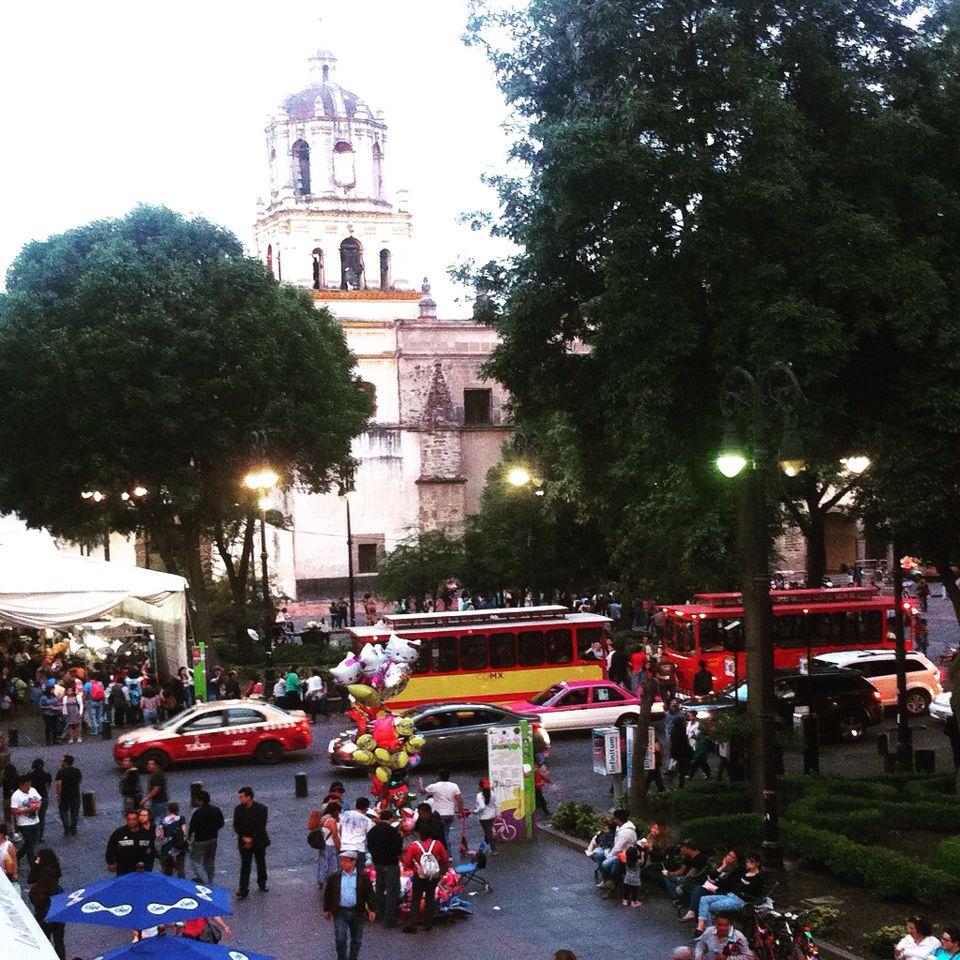 Photo by Paulina Z. Coyoacán, Ciudad de México. Tradición, barroco y color.