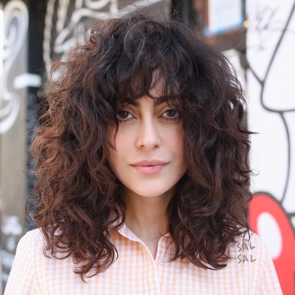 50 natural curly hairstyles to try in 2020 mid length