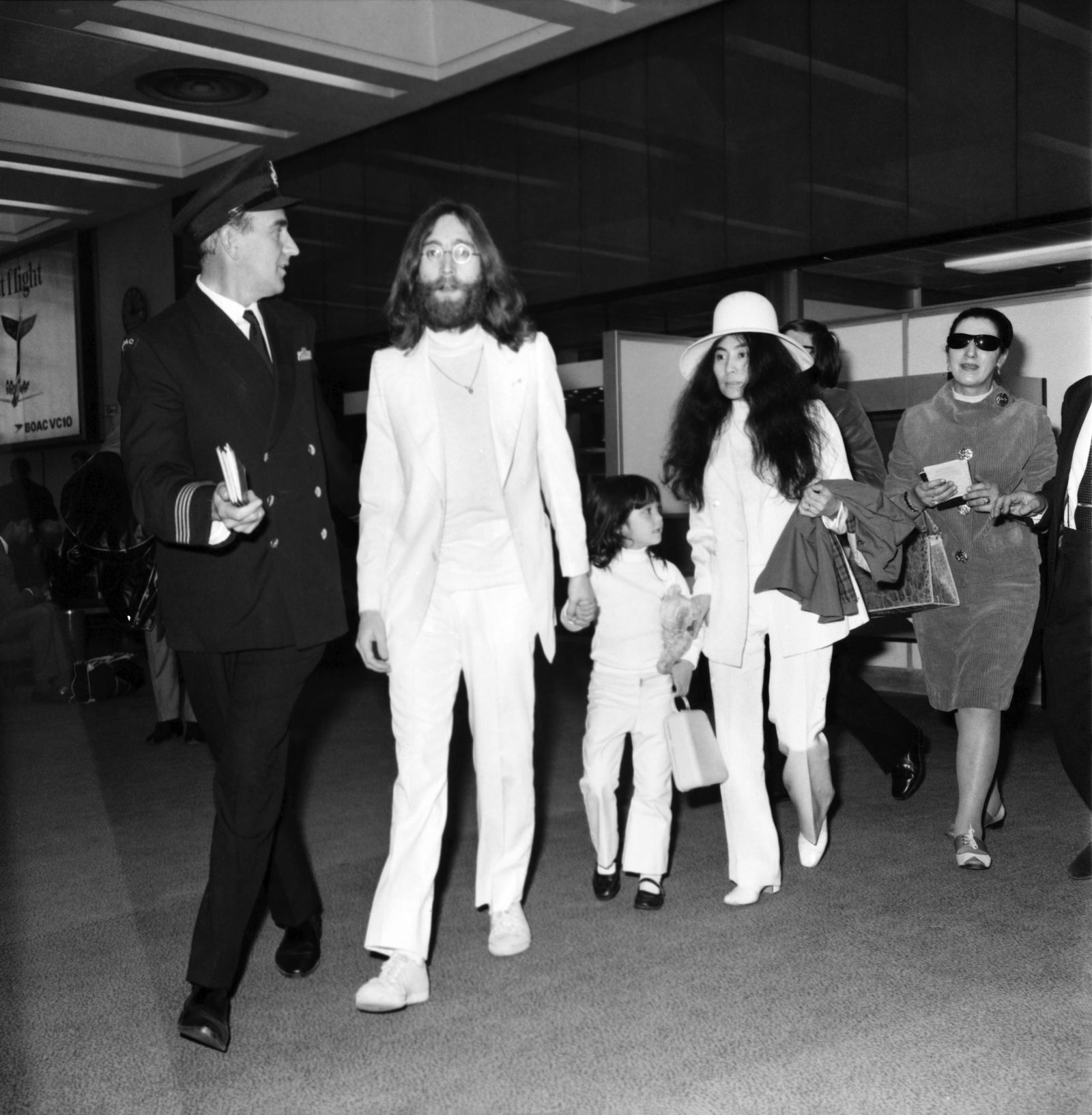 How celebrities traveled in the 70s