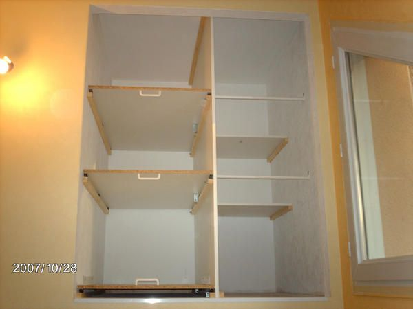 am nagement d 39 un placard dans l 39 escalier 20 messages artists that. Black Bedroom Furniture Sets. Home Design Ideas