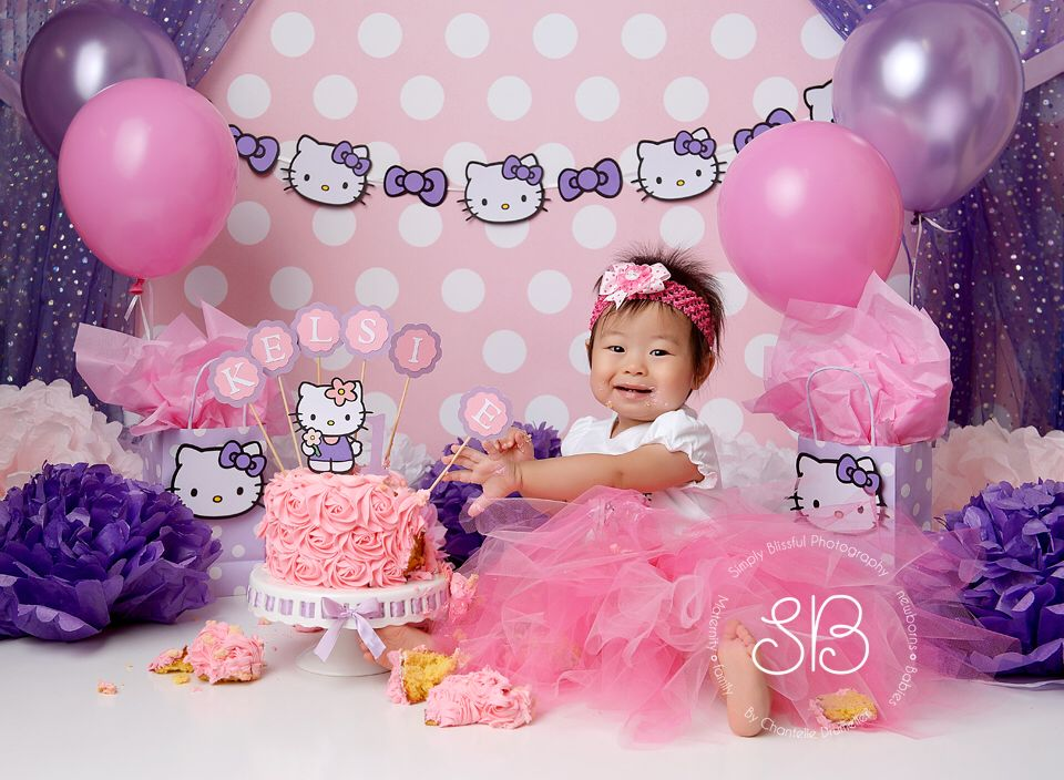 Hello Kitty Cake Smash By Simply Blissful Photography Hello Kitty Birthday Hello Kitty Birthday Cake Hello Kitty Birthday Theme