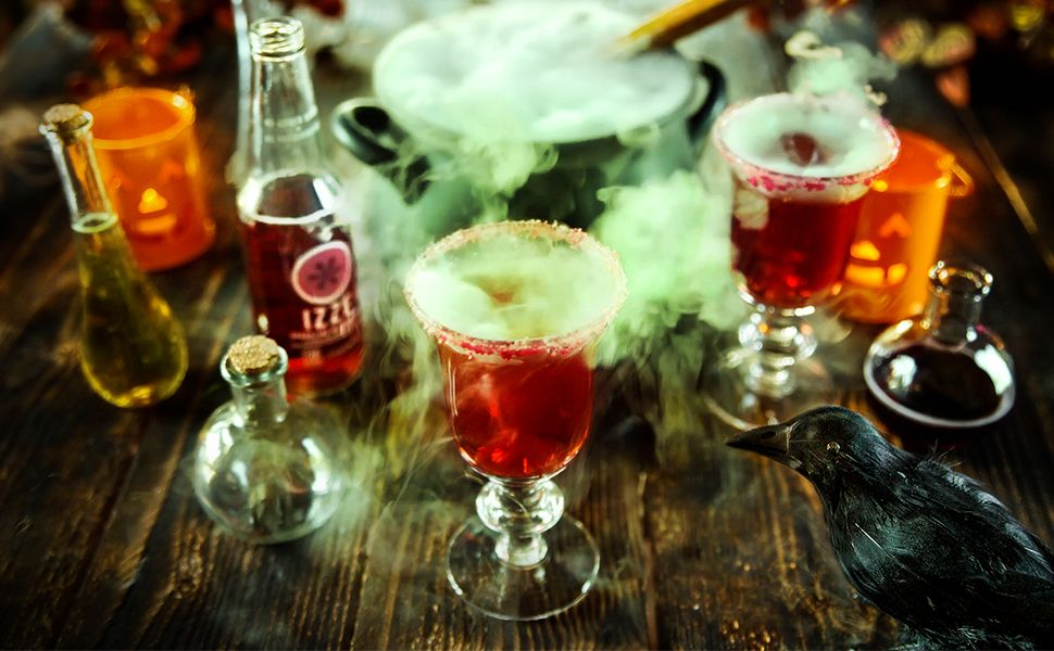 Create the perfect spooky cocktail just in time for Halloween.