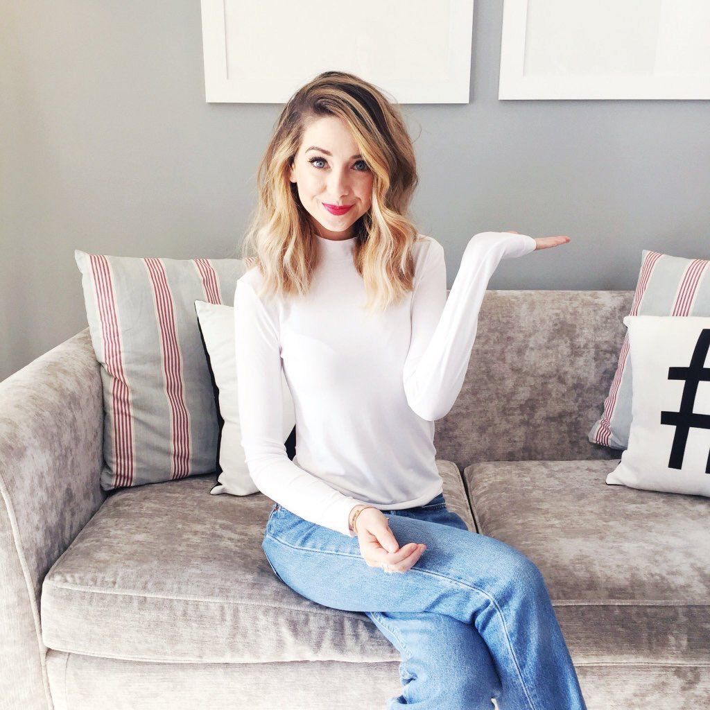 Wh Smith Interview Zoella Zoesugg My Favourite Youtubers - Hairstyles for short hair zoella