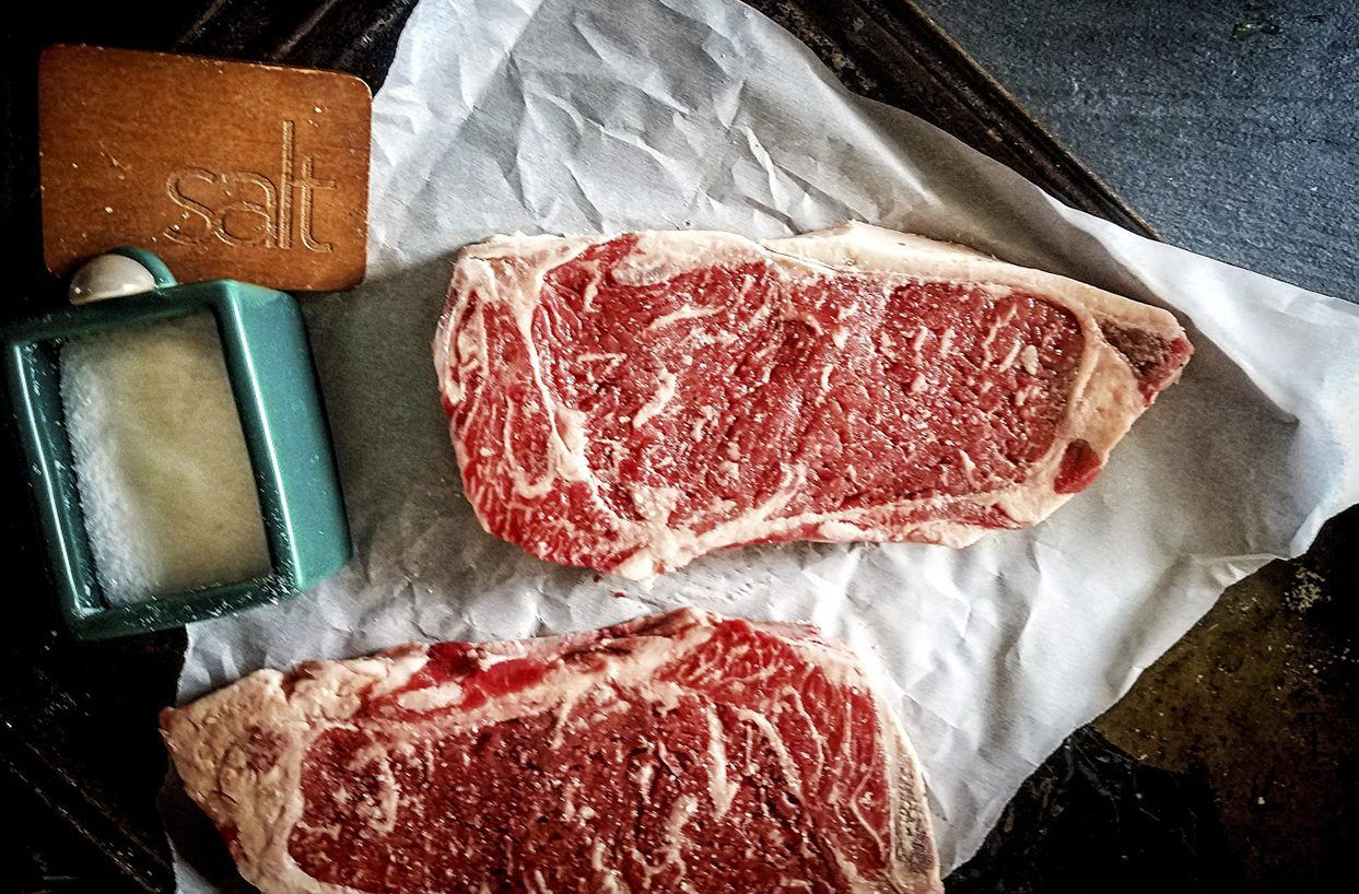 How to grill a perfect ribeye steak on a gas grill char