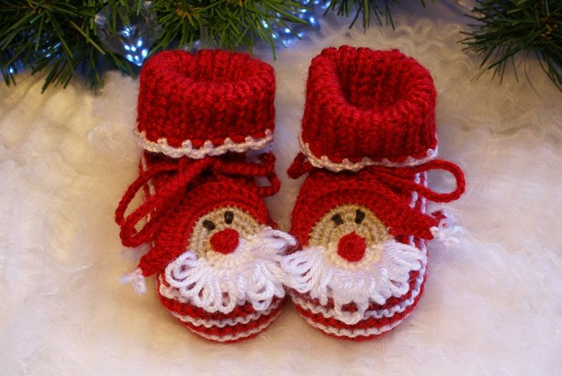 Crochet Baby Booties Santa  Knitted Booties Pattern Baby Christmas Booties Red newborn baby shoes/ size 0-12 M,. $19.00, via Etsy.
