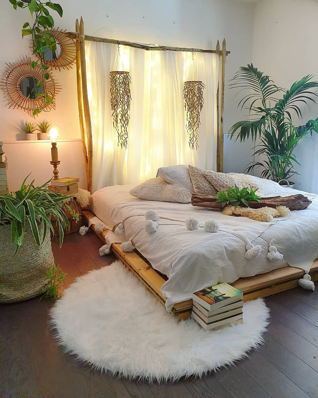Bohemian Interior Decor On Instagram Via Bohemian Decors Can You Describe This Bed In One Word Follow U Bedroom Decor Bedroom Layouts Bedroom Makeover