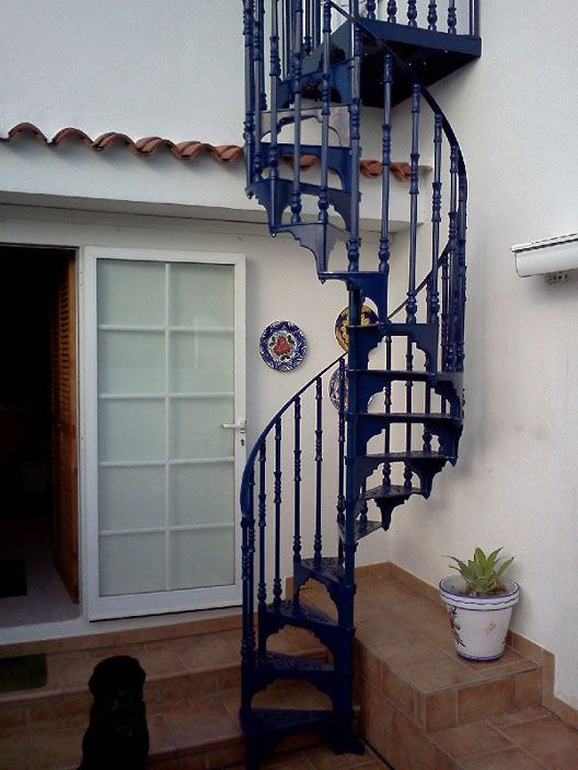 Best Traditional Victorian Cast Spiral Staircases Spiral 400 x 300