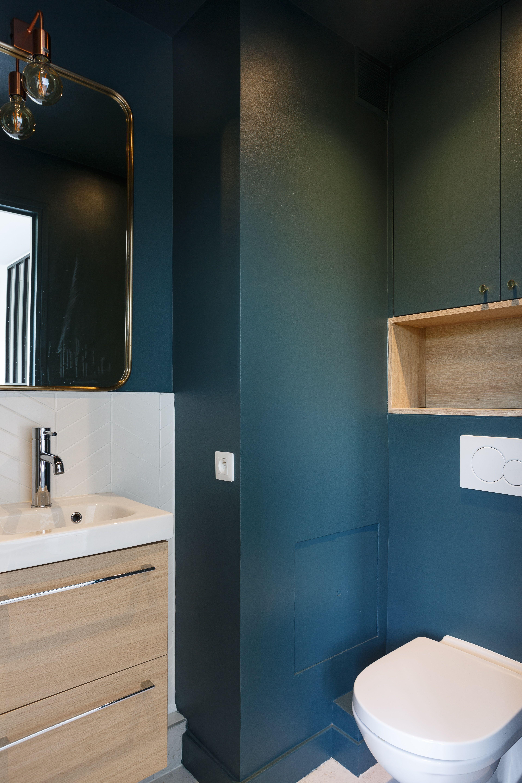 salle d eau tendance 2019 deco salle de bain bleue salle de bains petit espace deco toilettes