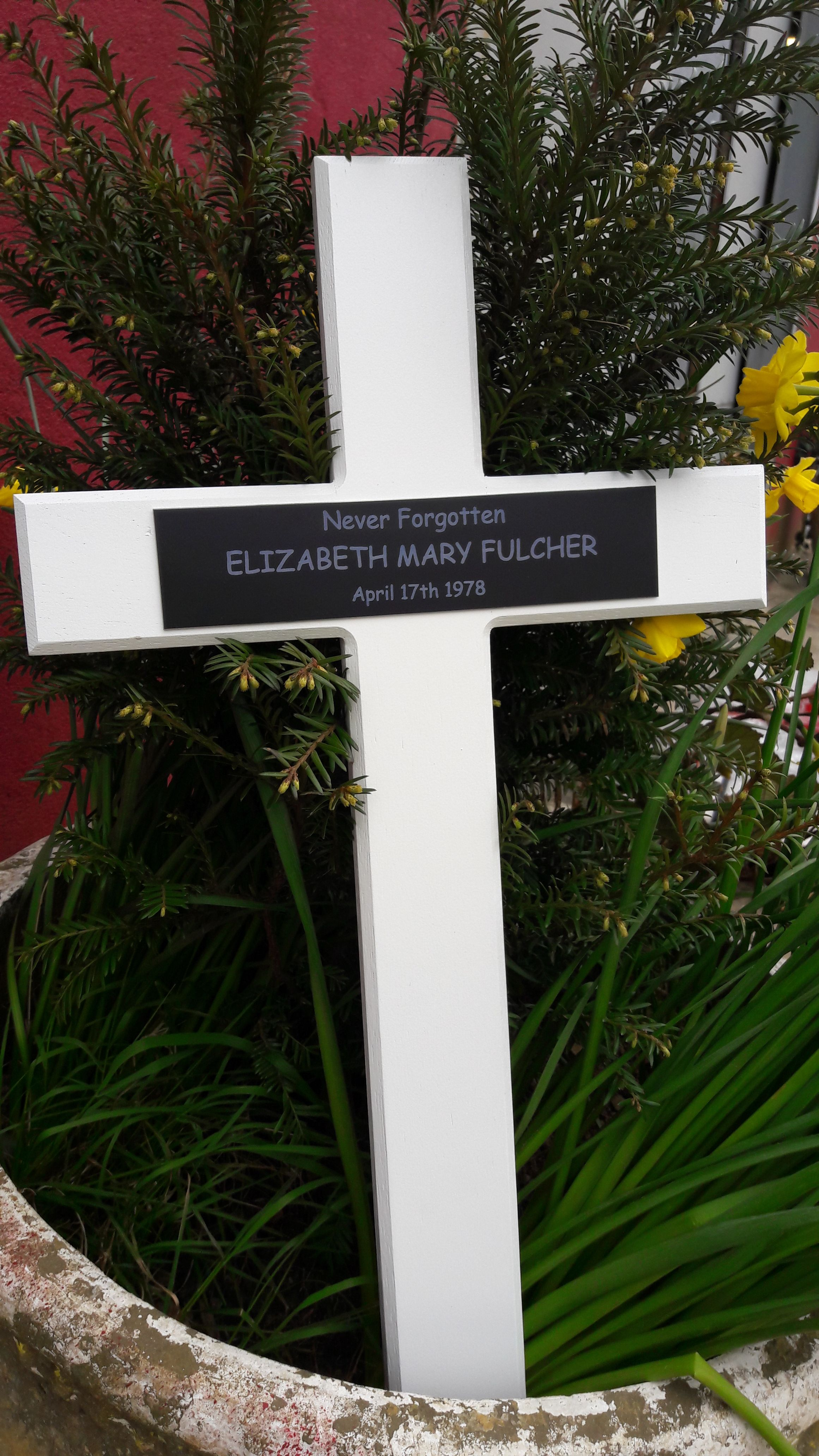 Beautiful Wooden Memorial Crosses From The Sign Maker
