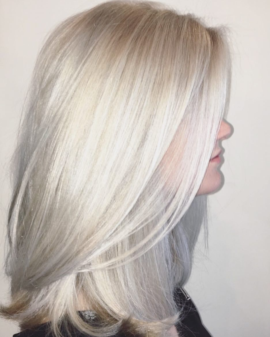 Beautiful Icy Dimensional Blonde This Was An All Over Bleach Dimension Achieved With Toners Stay Tuned For Platinum Blonde Hair Platinum Blonde Ice Blonde