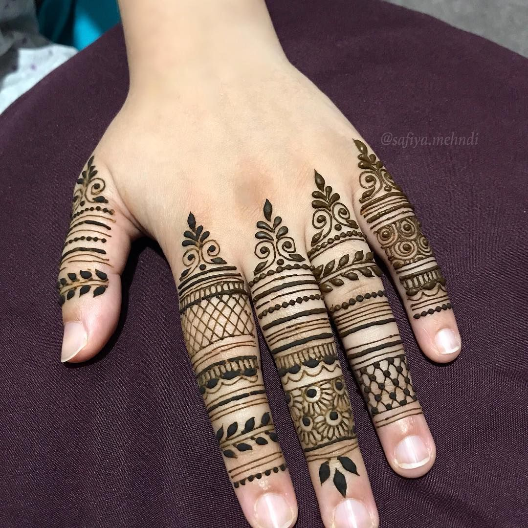 Which finger design do you like best? Mehndi designs for
