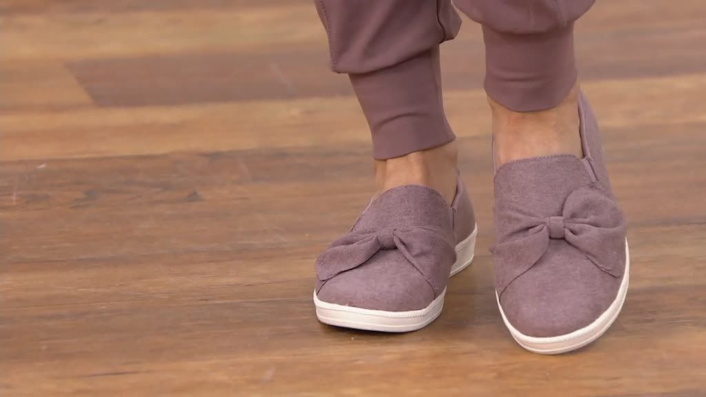 Skechers Jersey Bow Slip On Shoes Madison Ave My Town Qvc Com