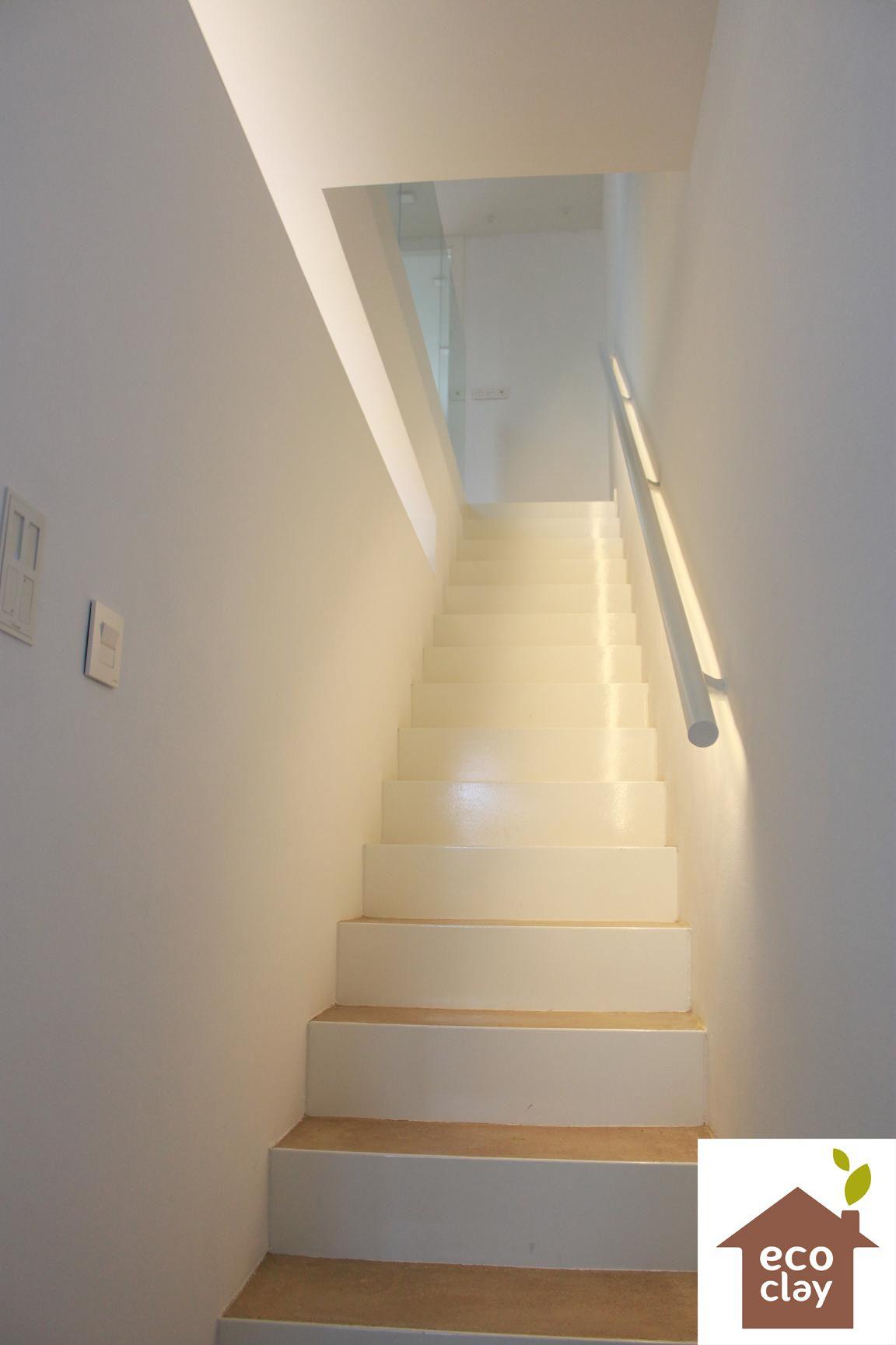 Costa Blanca Detalle Escalera Revocos Ecoclay Juego De Luces - Luces-indirectas