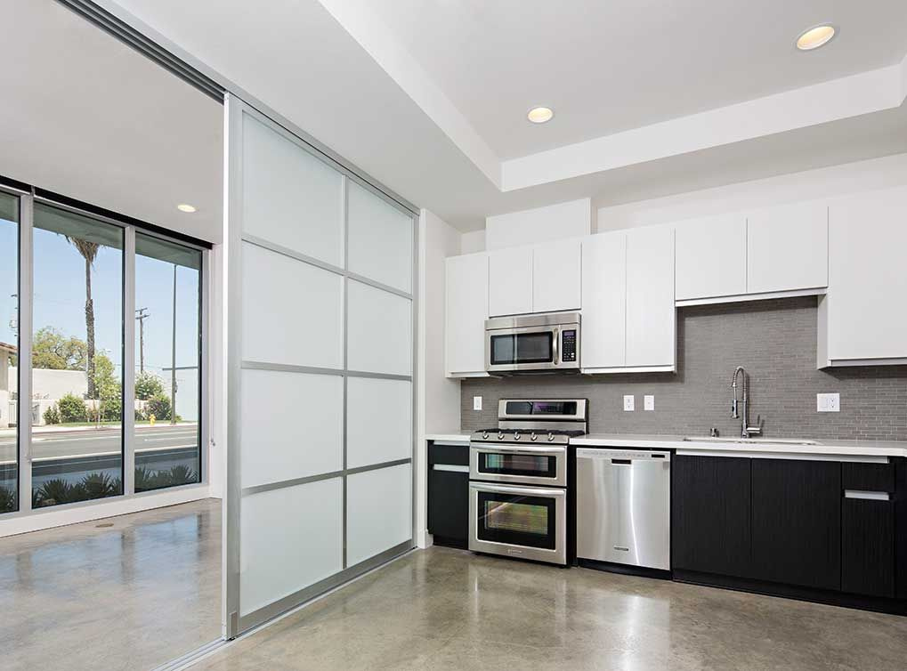 Glendale Ca Apartments At Amli Lex On Orange Apartment Looking For Apartments Apartment Design
