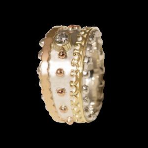 Bijzondere handgemaakte ring van zilver en goud