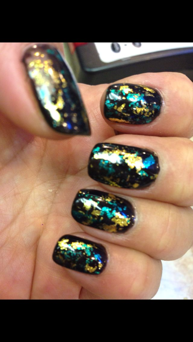 Metallic Foil on Non Chip Nails | Nails Salon | Pinterest