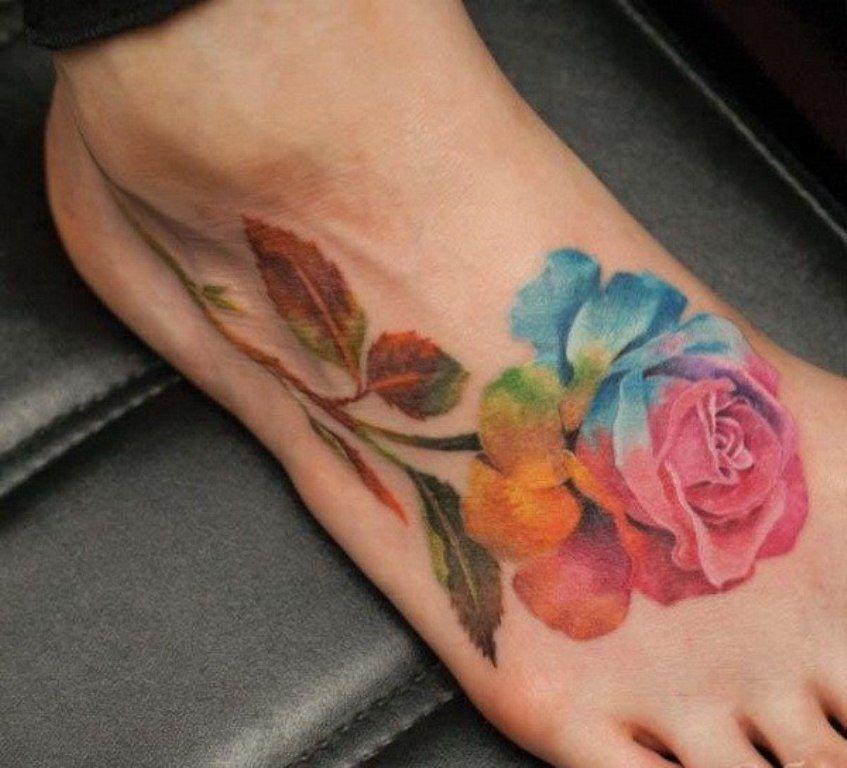 Сердце в цветке татуировка